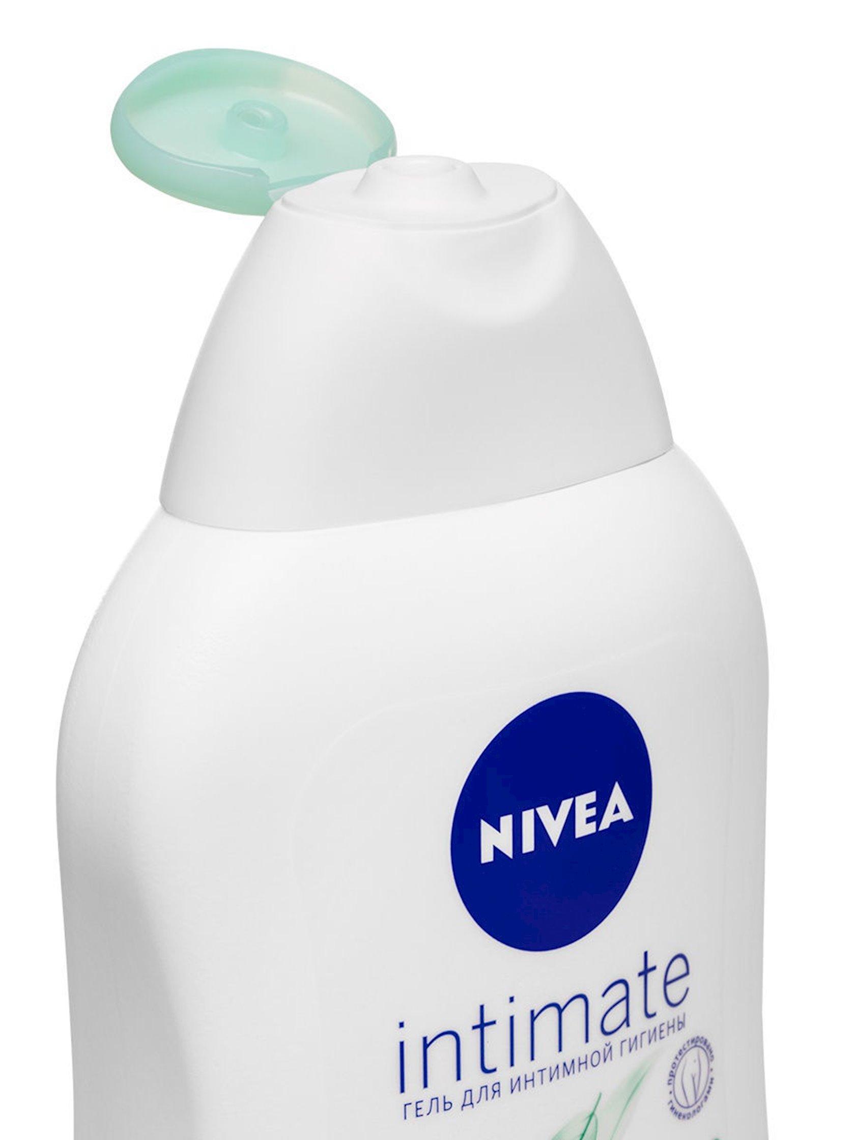 İntim gigiyena üçün gel Nivea Intimate Mild Comfort çobanyastığı ilə 250 ml