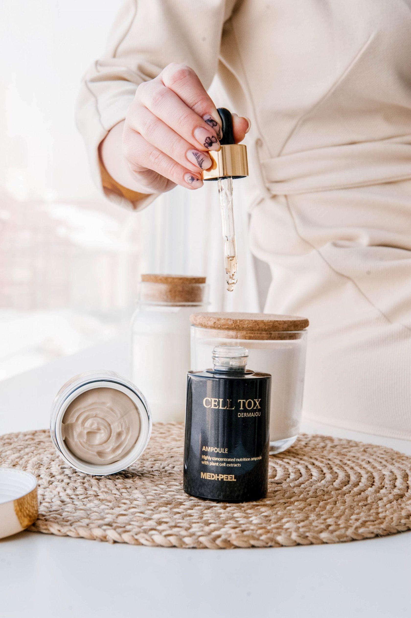 Üz üçün kök hüceyrəli serum Medi Peel Cell Tox Dermajou Ampoule 100 ml