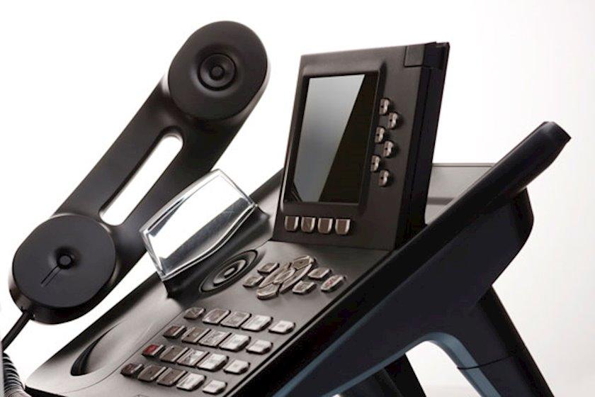 IP telefon Karel NT32i
