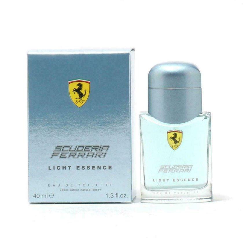 Kişilər üçün tualet suyu Ferrari Scuderia Light Essence 40ml